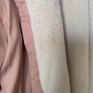 Donna Karan Intimates & Sleepwear - Donna Karen plush hooded robe